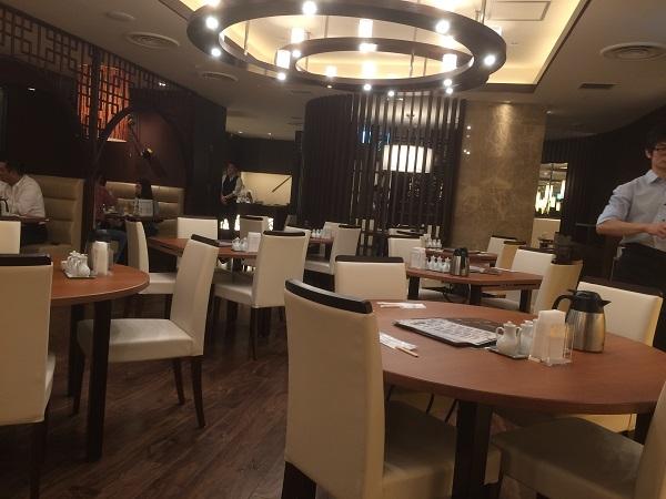 中華旬彩料理・火鍋 聚(池袋サンシャイン)の店内の様子