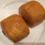 マントー(揚げパン)の写真