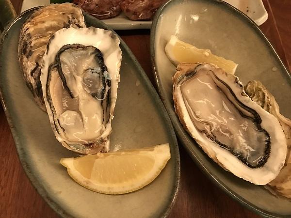 生牡蠣2個