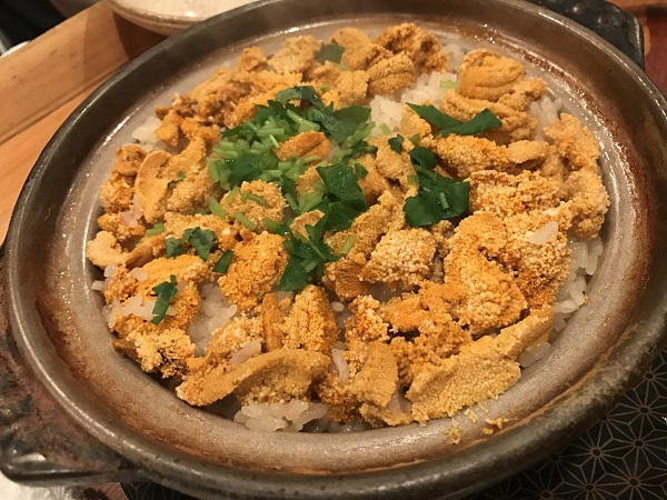 ウニの土鍋飯