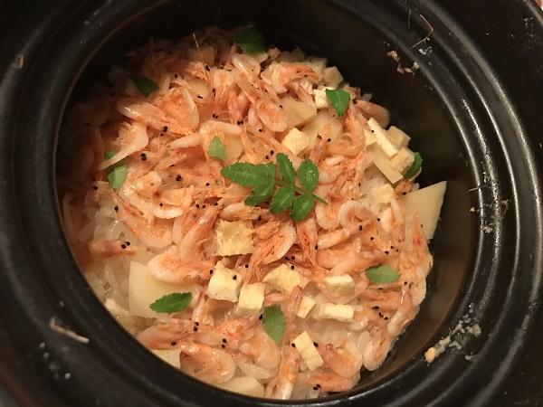 桜エビと筍の炊き込みご飯
