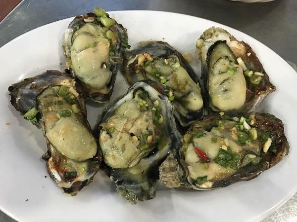 牡蠣のグリル焼き