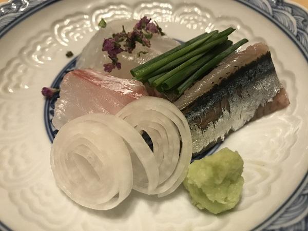 刺し盛り3種 せいご、紅陽鯛、秋刀魚
