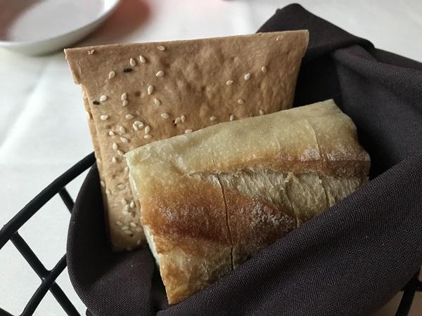 ルースズクリスステーキハウスのパンなど