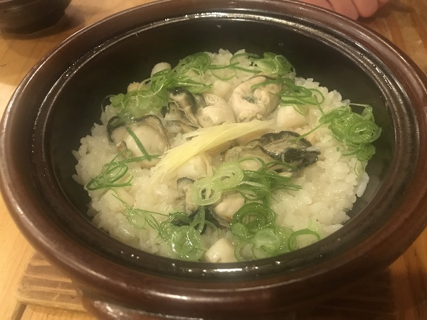 牡蠣と貝柱の土鍋飯
